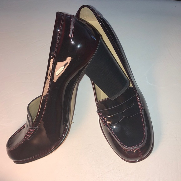 8a8b7db481fb Michael Kors Bayville Loafer Pumps Deep Red. M 5adb9bc7a44dbe30f757c288